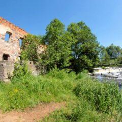 Руины водяной мельницы (Узла)