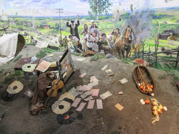 реконструкция фронтовая деревня в музее истории ВОВ в минске
