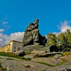 Площадь Якуба Коласа в Минске