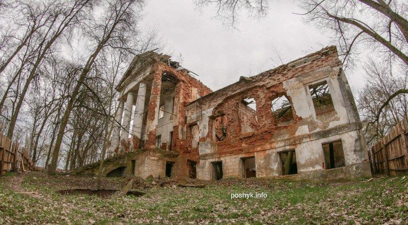руины усадьбы Слотвинских