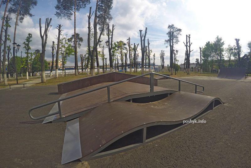 Скейтпарк возле метро Тракторный Завод
