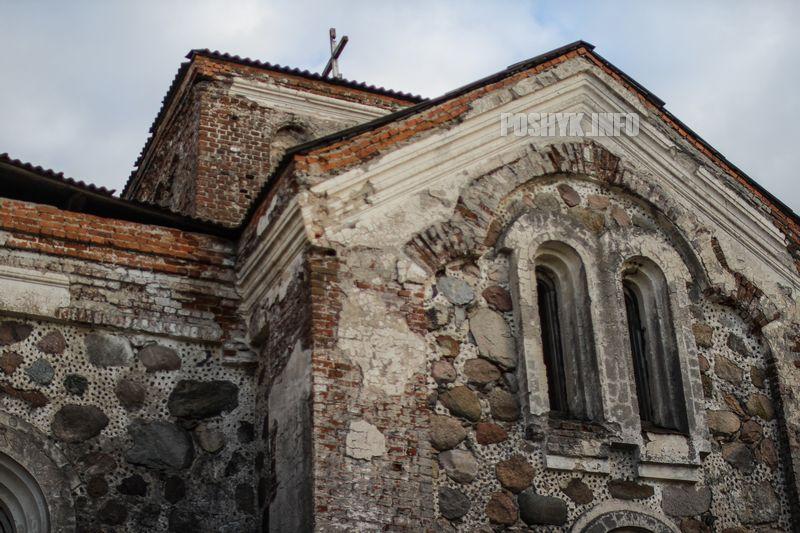 Руины церкви в Бегомле