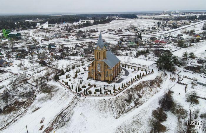 Костел в поселке Красное