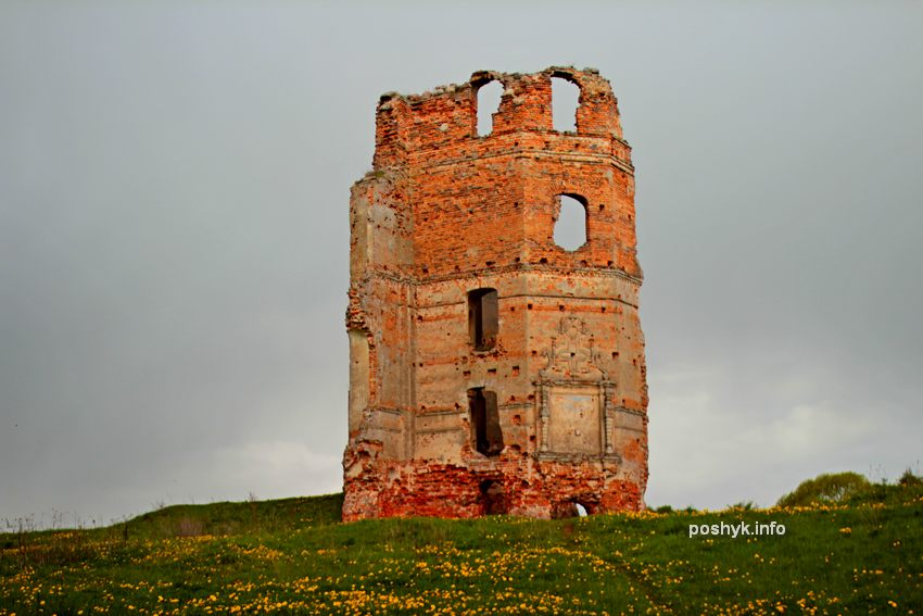 замок Сангушек Белый Ковель фото