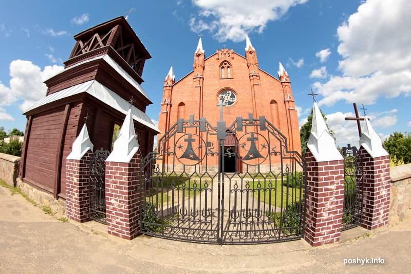 kostel naroch