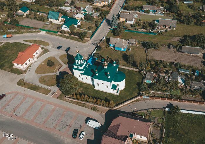 Церковь в поселке Мир фото
