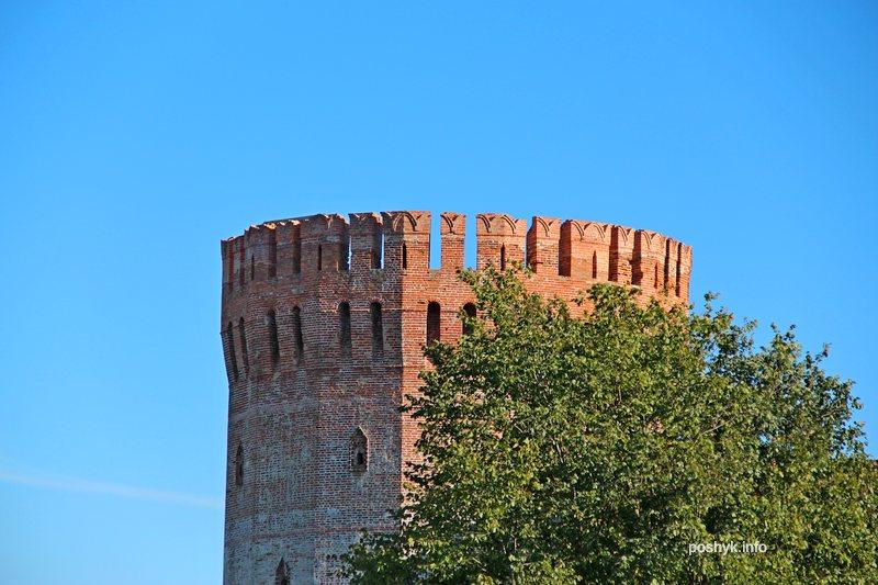 башня смоленск