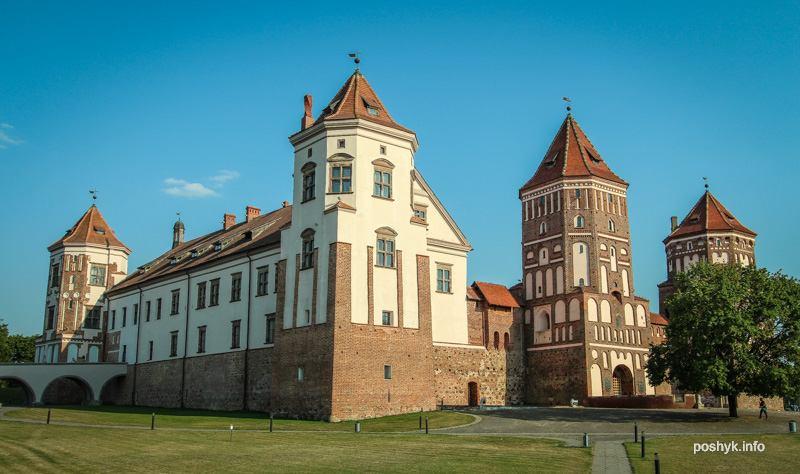 мир замок