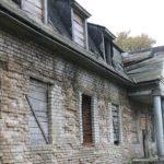 Заброшенный дом в Новогрудке