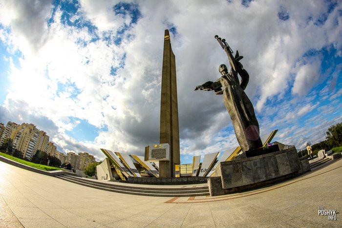 памятник стелла
