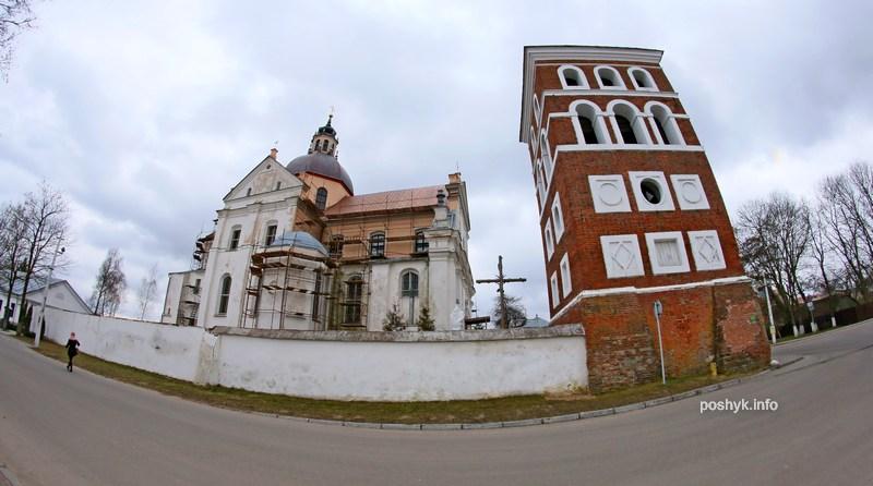 kostel i zamkovai bazhny