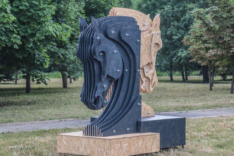 фигура лошадь арт объекты