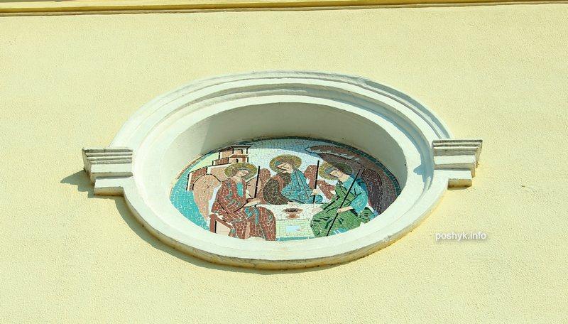 троицкая церковь мир фреска