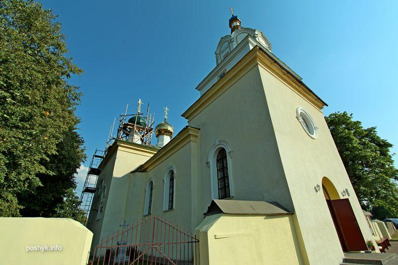 троицкая церковь мир
