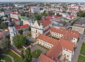 Костел и монастырь францисканцев в Пинске