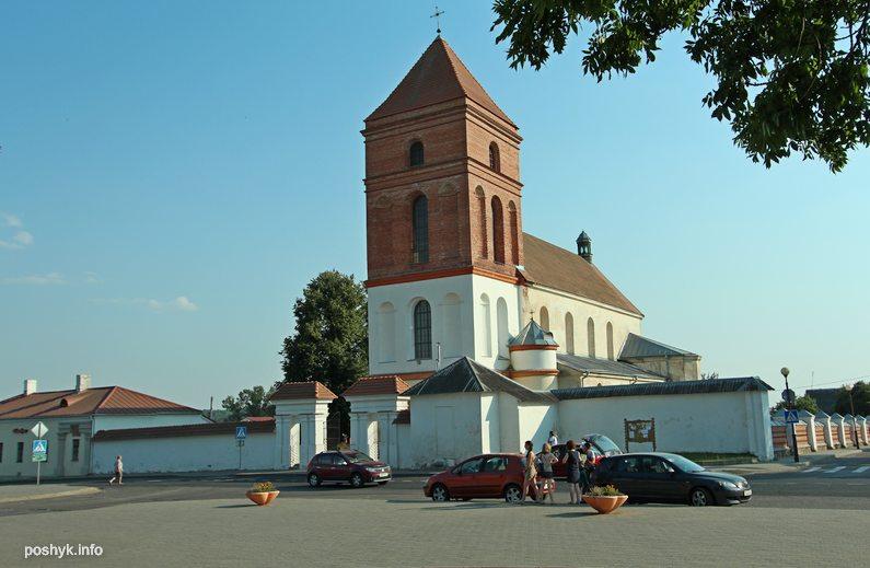 костел Святого Николая в Мире