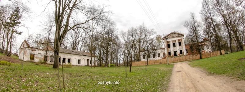 Руины усадьбы Рованичи.