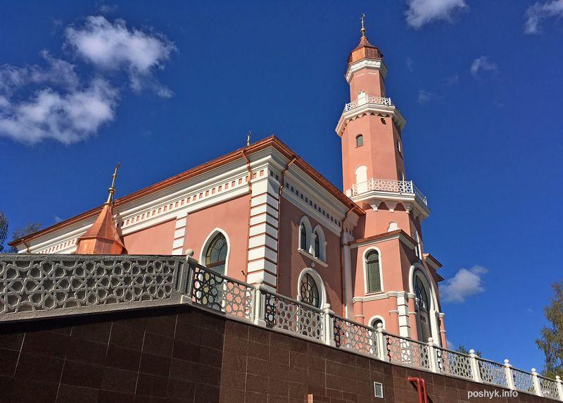 мечеть на кладбище
