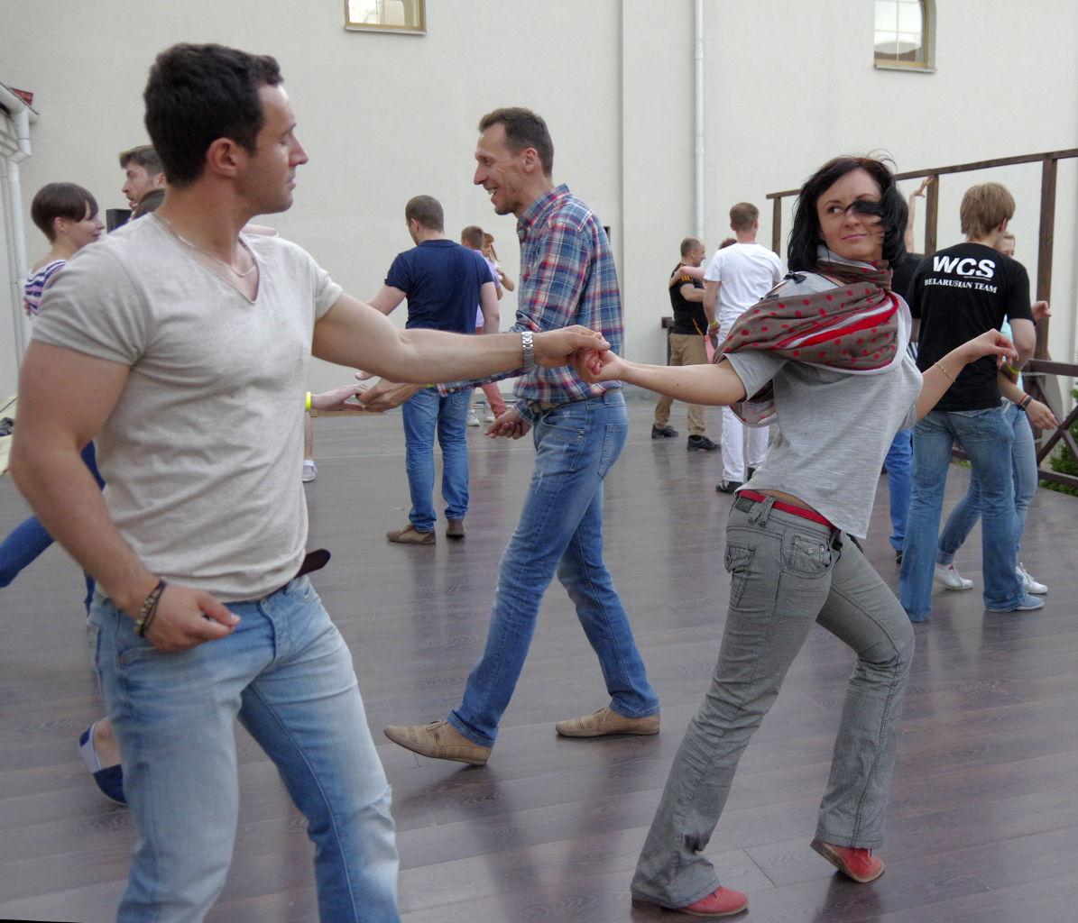 студия танцев dance cafe