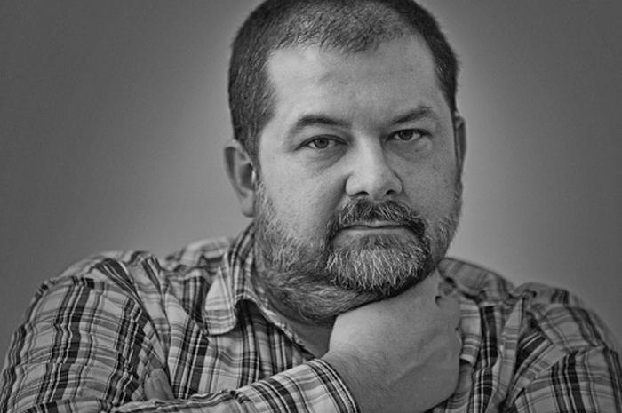 писатель фантаст сергей лукьяненко