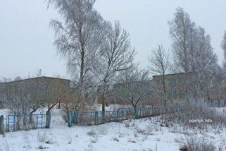 Заброшенная школа в деревне Задвея