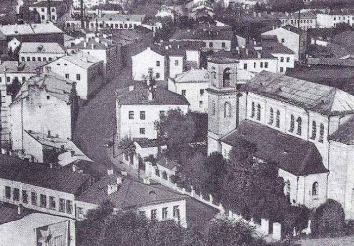 Где находилась улица Островская в Минске