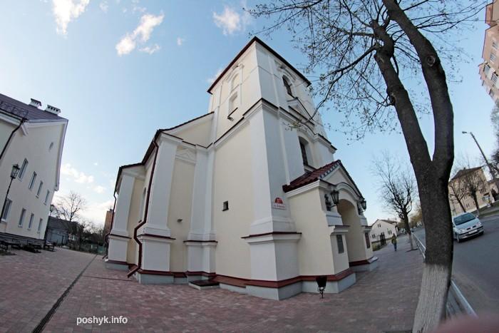 kostel v pinske photo