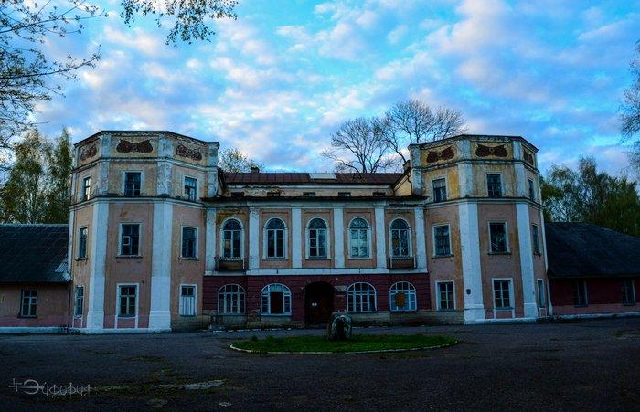 zabroshennai bolnica