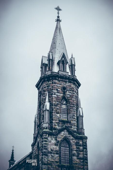 костел башня