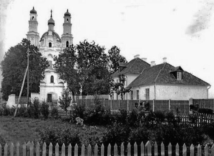 монастырь кармелитов старое фото
