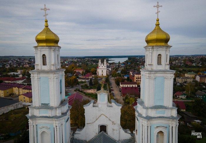 Собор и костел в городе Глубокое