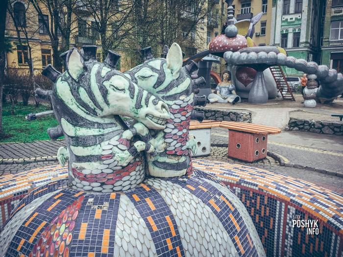 интересные скульптуры в киеве
