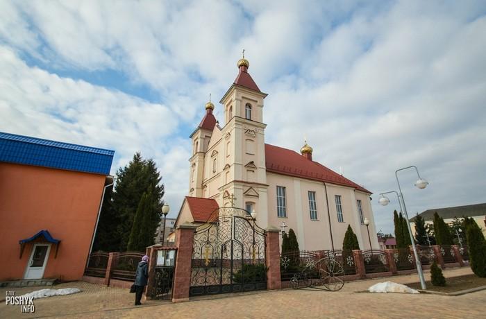 Воскресенская церковь в Клецке
