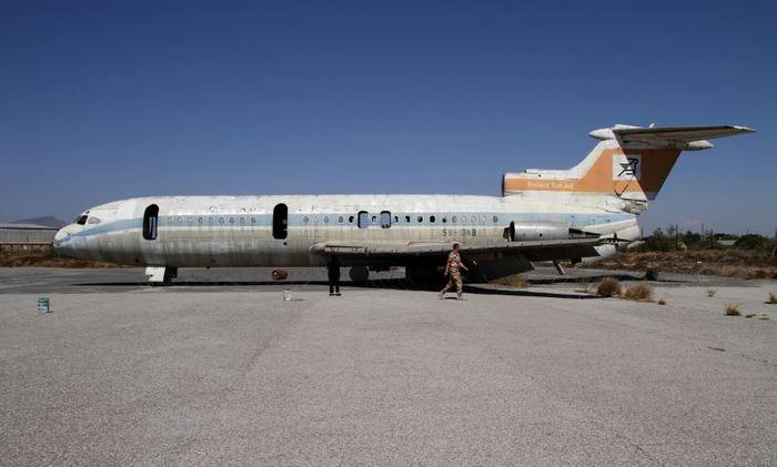 брошенные самолеты