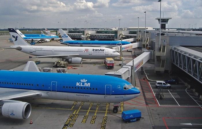 аэропорт амстердама как добраться до города