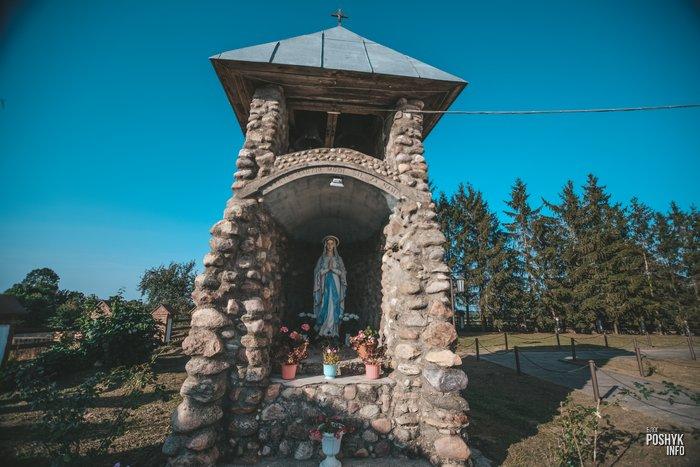Скульптура Девы Марии Ишкольдь