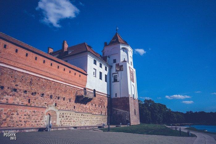 Архитектура мирского замка