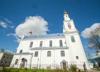 Свято-Покровская церковь и монастырь в Толочине