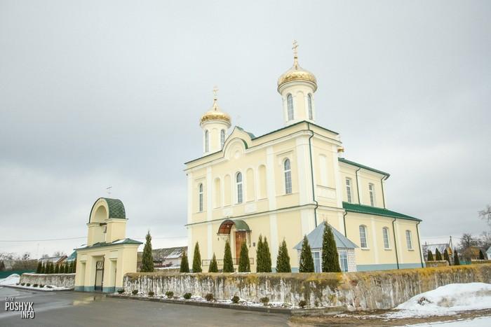 Храм на пути в Несвиж