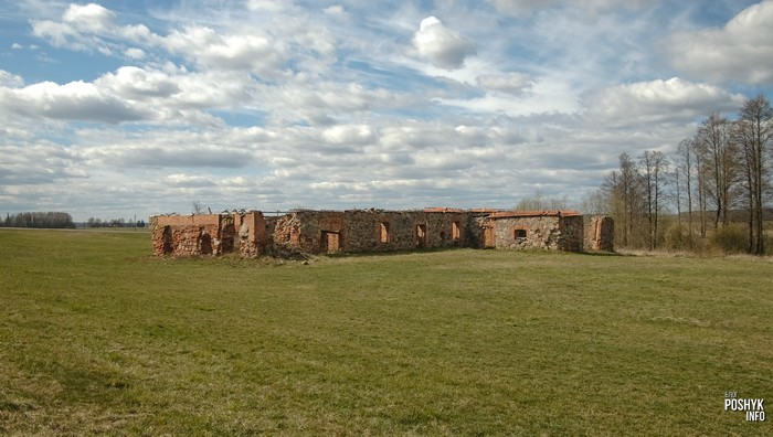 Дворище руины