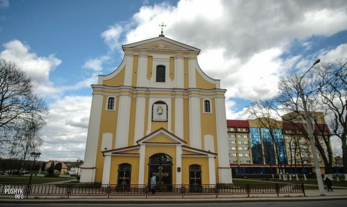 Костел святого креста Лида