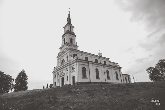 Костел в деревне Медведичи