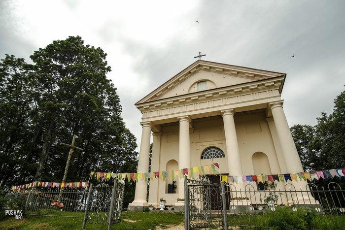 Костел святого Тадеуша в Вишнево
