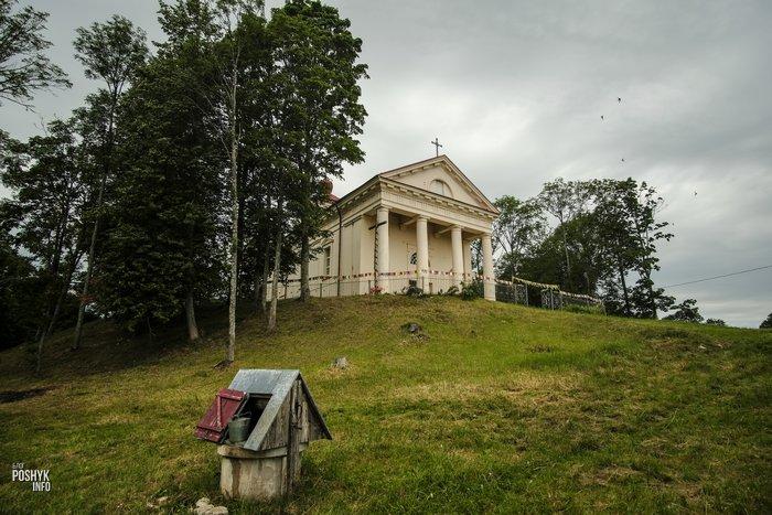 Костел святого Тадеуша в Гродненской области