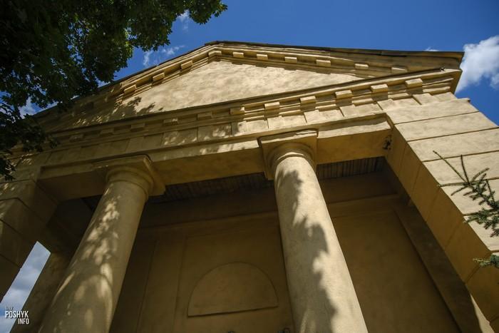 Храм в Дикушках