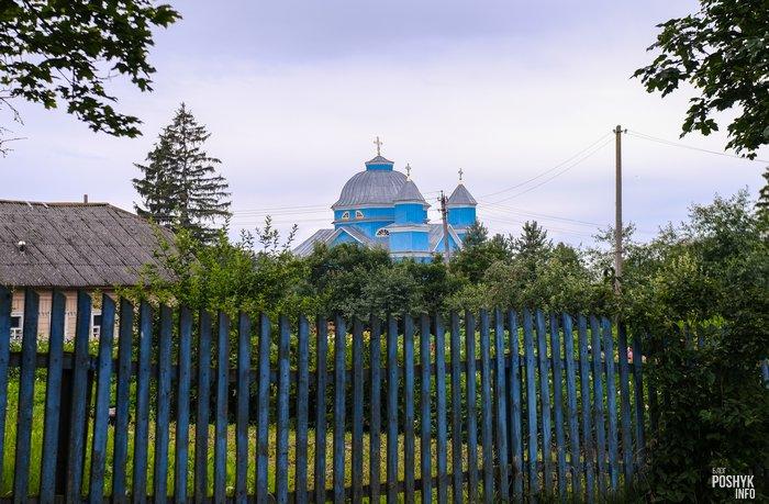 Деревянная церковь в Смолянах