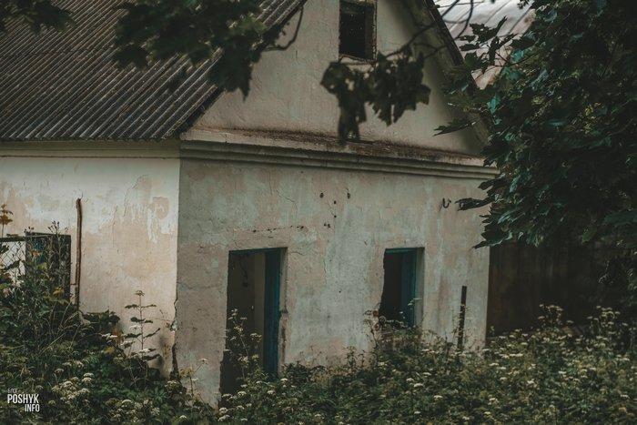 Заброшенный комплекс в Больково