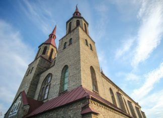 Зельвенский костел в Беларуси