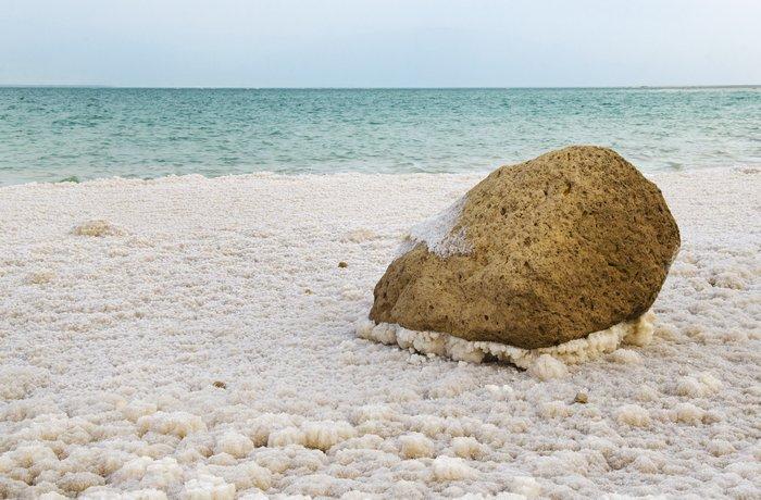 Как выглядит соль на Мертвом море