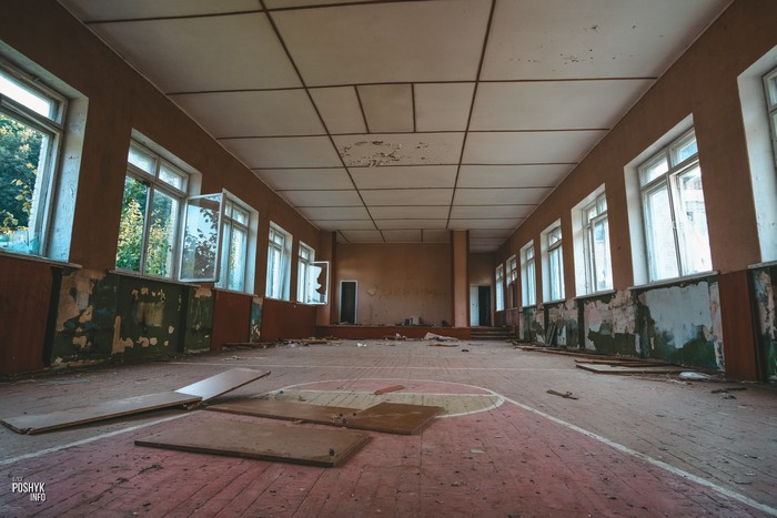 Заброшенный спортзал Семково